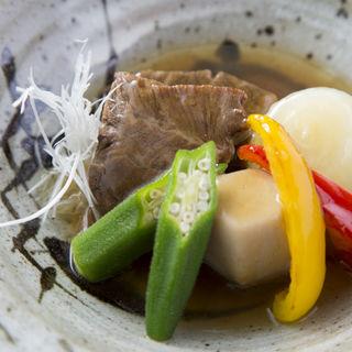 牛タンの煮付け(割烹鮨ます水)