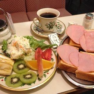 モーニング(画廊喫茶ミロ (ガロウキッサ ミロ))