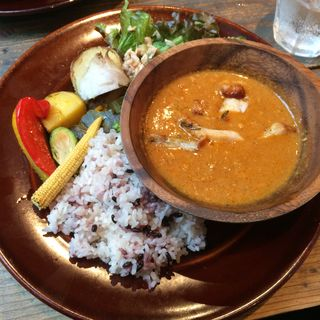 大きめ野菜と木の子のバターチキンカレー(SUZU CAFE ginza)