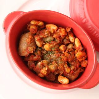 ソラマメとジャガイモのトマト煮込み(ビストロ キャセロール)