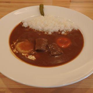 もも肉ビーフカレー(さむくら )