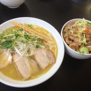 福島鶏白湯ラーメン&塩川鳥もつ丼(活力再生麺屋 あじ庵食堂)