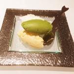 ジェラート2種(沖縄の塩、抹茶、ロイヤルブラウン)