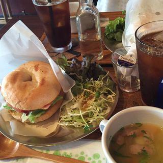 ベーグルランチ(メイカフェ (MAY CAFE))