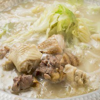 鶏肉の白湯鍋(じき 南2条店)