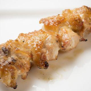 鶏モモ串(じき 南2条店)