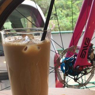 珈琲牛乳(盆栽自転車店 )