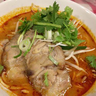 トムヤムラーメン(ビーフン麺)(ティーヌン 赤坂店 )