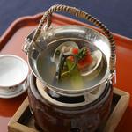 浅利と山菜の酒蒸し
