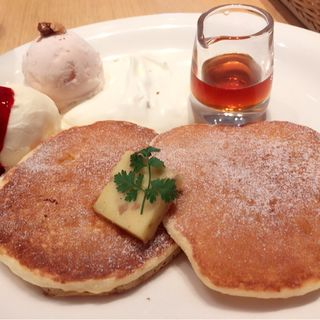 パンケーキ ツインズ(カフェ クッチーナ&カンパニー )