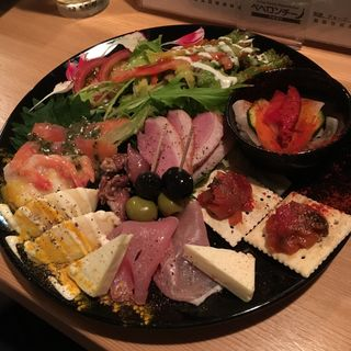 前菜パラダイス(ペペロンチーノ)