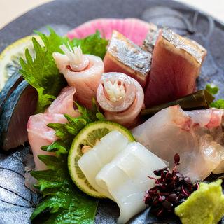 鮮魚の盛り合わせ(大嶋 (オオシマ))