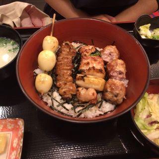 焼き鳥丼(鳥繁 (とりしげ))