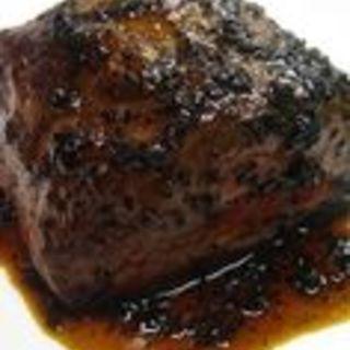 牛肉の赤ワイン煮込み(ノワ・ド・ココ (Noix de Coco))