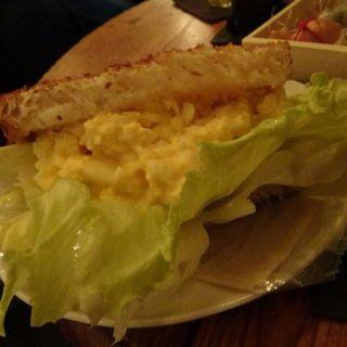 たまごトーストサンド(ホメリ (homeri))