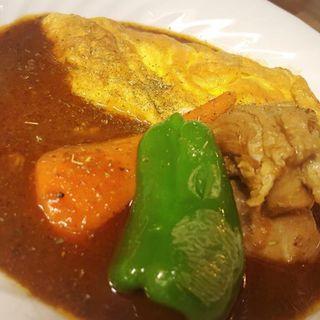 チキンとチーズオムレツのカレー(スープカレー カムイ )