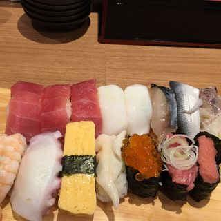 満足ランチ寿司(寿司居酒屋 太郎丸 )