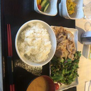 三元豚バラ生姜焼き定食(炙 (Aburi))