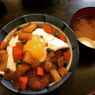 小春軒特製カツ丼(しじみ汁付)(洋食 小春軒 (コハルケン))