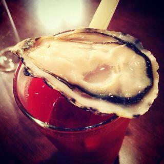 生牡蠣でブラッディマリーをブラッディシーザーに