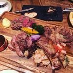 5種の肉盛り盛り合わせ。門崎熟成牛・イベリコ豚・ラム肉などを盛り合わセール