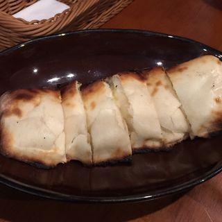 チーズナン(キッチンシャンティ (Kitcen Shanti))