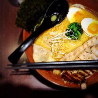 カレーらぁ麺 チャーシュー入り(しゅういち 恵比寿店 )