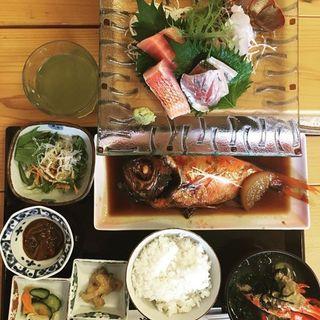 金目鯛の煮付定食(海産屋 (カイサンヤ))