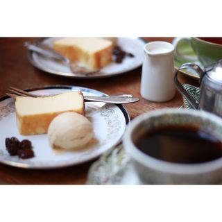 ベイクドチーズケーキ(カフェ・ハル (Cafe haru))
