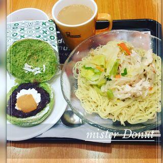 五種野菜涼風つけ麺  わらびもちサンドあずきホイップ(ミスタードーナツ 江坂南ショップ )