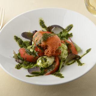 トマトのムース モッツアレラチーズ(トラットリア ラ エテルナ (Trattoria la Eterna))