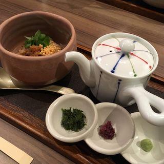 出汁が命の5種類のお茶漬け(GREEN TEA RESTAURANT 1899 OCHANOMIZU (グリーン ティー レストラン イチハチキュウキュウ))