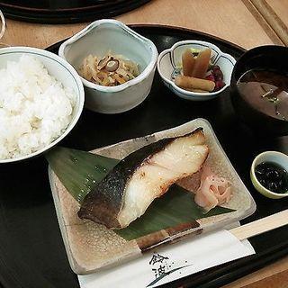 銀だら定食(鈴波 エスカ店 )