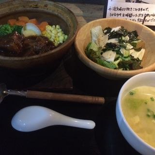 豚角煮の土鍋ごはん      日替わりランチ(黒猫夜 銀座店 (クロネコヨル))