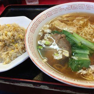 半チャンラーメン(東方紅飯店 本店)