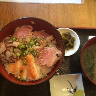 日替わり!海鮮三食丼(居酒屋 おか吉 人形町一丁目店 (おかきち))