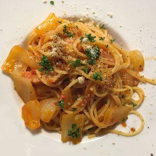 新玉ねぎとベーコンのトマトソース(ピッコラ (Piccola))