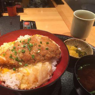 黒豚バラかつ丼セット(遊豚菜彩 いちにいさん 汐留店 (【旧店名】 遊食菜彩 いちにいさん))