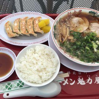 醤油ラーメン餃子セット(ラーメン魁力屋 イオンモール多摩平の森店 (ラーメン カイリキヤ))