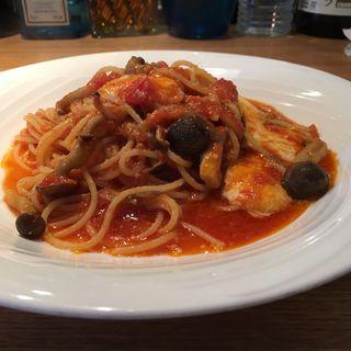 きのことモッツァレラチーズのトマトスパゲティ(トラットリア フォルトゥナ (TRATTORIA FORTUNA))
