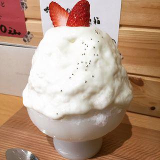 いちごヨーグルト氷(こおりとお茶のお店 宝石箱)