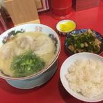 ラーメン・めし・ホルモンセット並(大栄ラーメン)