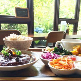 豆腐ハンバーグ(ムモクテキカフェ (mumokuteki cafe))