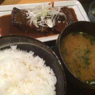 鯖味噌定食(上総屋 眞吉 (かずさやしんきち))