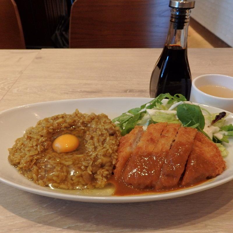 大阪混ぜカレーのランチ