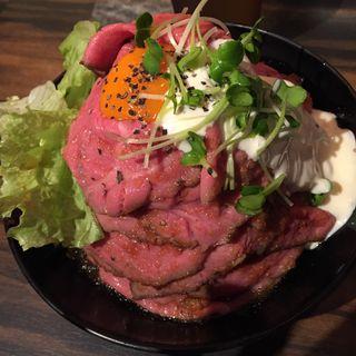 ローストビーフ丼(大)(Red Rock アメ村店 )