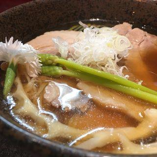 静蓮(せいれん)(烈志笑魚油 麺香房 三く)