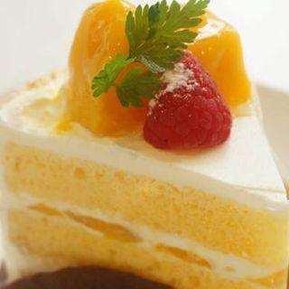 マンゴーのショートケーキ(パティスリー エルブランシュ )