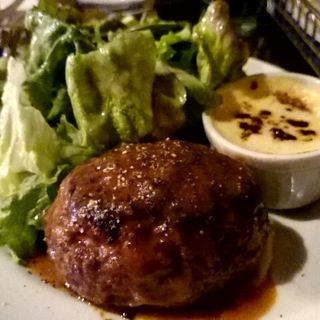 和牛ハンバーグステーキ ソイジンジャーソース(道玄坂 コックマン)