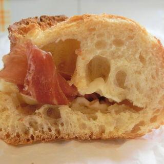 ジャンボンクリュ ブリー・ド・モー(ブラッスリー・ヴィロン 丸の内店 (Brasserie VIRON ))